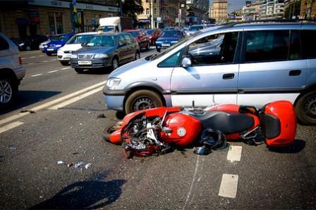 Авария мотоциклиста