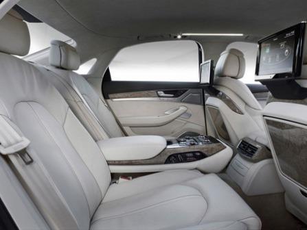 Задние сидения Audi A8 4,2 TDI Quattro