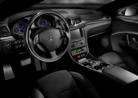 Салон Maserati Gran Turismo