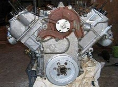 Двигатель ГАЗ-14 Чайка