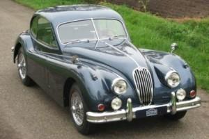 Ретро авто Jaguar XK 140 SE
