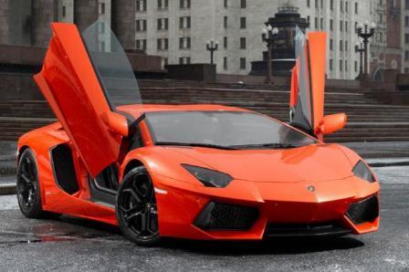 Автомобиль Lamborghini Aventador LP700-4