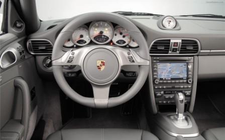 Салон Porsche 911 4S