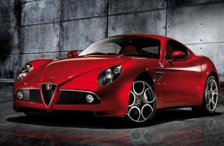 Автомобиль Alfa Romeo 8C Competizione