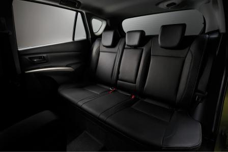 Задний диван Suzuki SX4