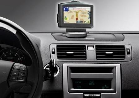 Современный автомобильный навигатор