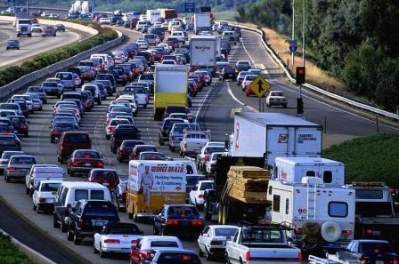 Автомобильная пробка на МКАД