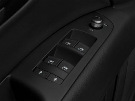 Кнопки управления стеклоподъёмниками Audi Q7 TDI