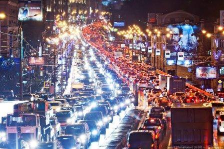 Ночная автомобильная пробка