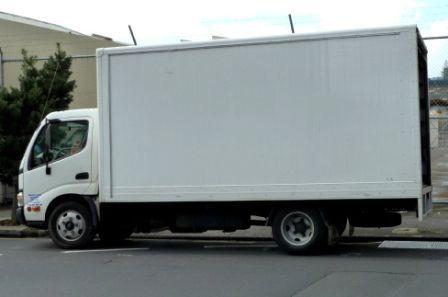 Транспорт для перевозки мебели на дачу