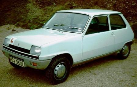 Трехдверный Renault 5