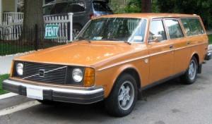 Volvo 245 1977 года