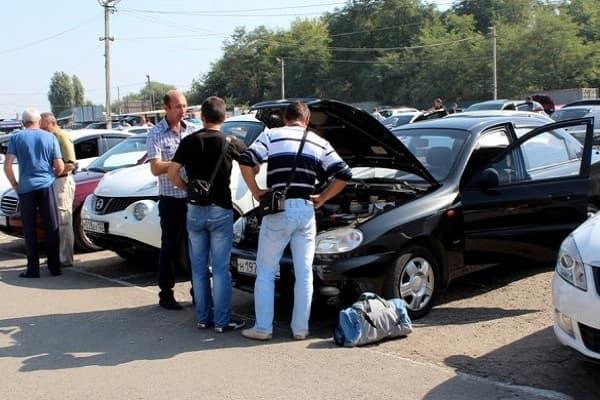 Покупка автомобиля на авторынке
