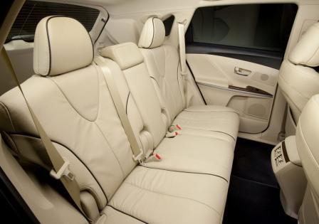 Задние сидения Тойота Венза 2013