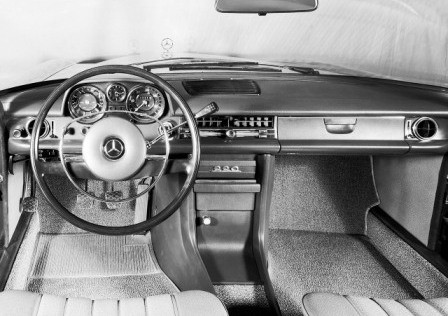 Салон Mercedes W115