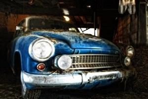 Машина долго стояла в гараже