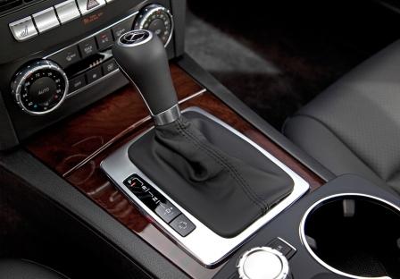 Коробка Mercedes-Benz C250 sedan
