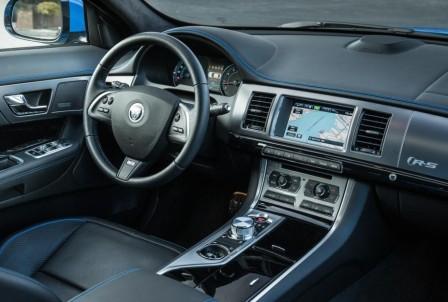 Салон Jaguar XFR-S