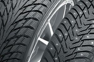 Какие зимние шины лучше шипованные или липучки