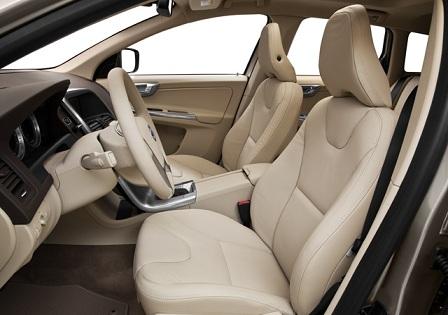Салон Volvo XC60 2013 года