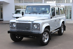 Land Rover Defender Silver Pack