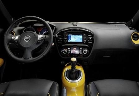 Салон Nissan Juke 2014 года
