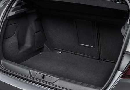 Багажник Peugeot 308 2014 года