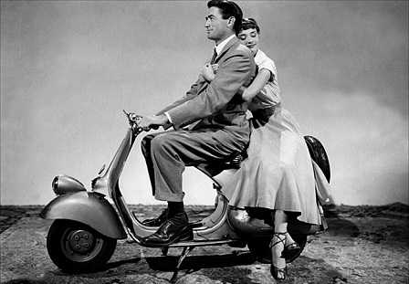 Кинозвезды на скутере