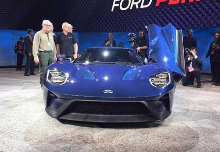 Ford GT на автосалоне в Детройте 2015 года