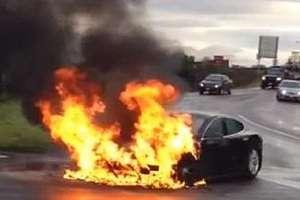Возгорания автомобилей. Причины