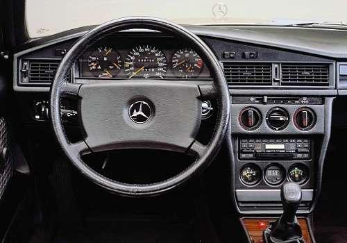 Салон Mercedes-Benz 190E 2,5-16 Evolution 1