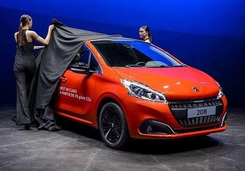 Peugeot 208 на Женевском Автосалоне 2015 года