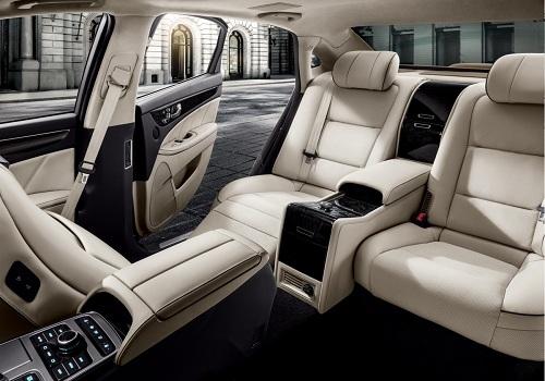 Салон Hyundai Equus