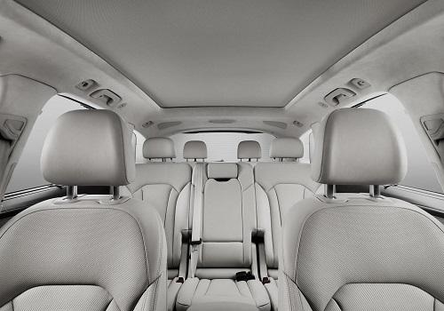 Салон новой Audi Q7
