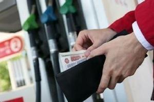 Почему дорожает бензин