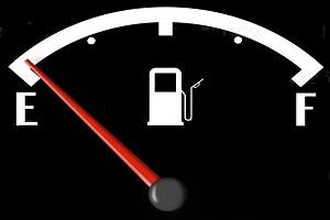 Низкий уровень топлива