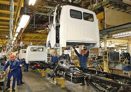 Сборочный конвейер на заводе ГАЗ