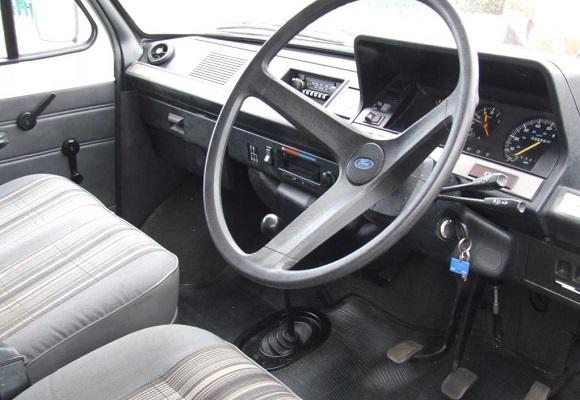 Салон Ford Transit Mark 2