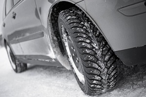 Торможение на зимней дороге