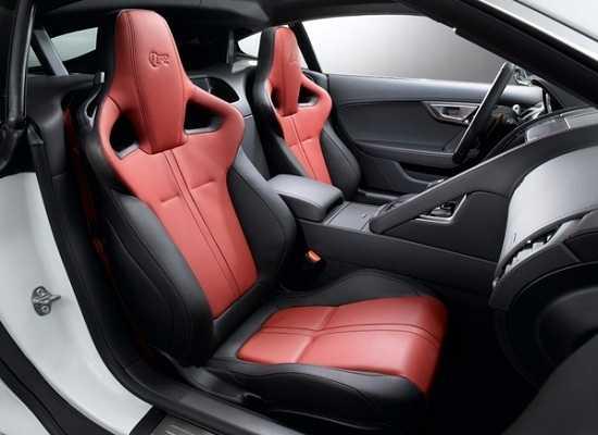 Салон Jaguar F-Type 2015 года