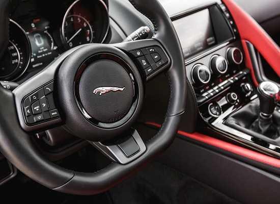 Jaguar F-Type V6 S coupe