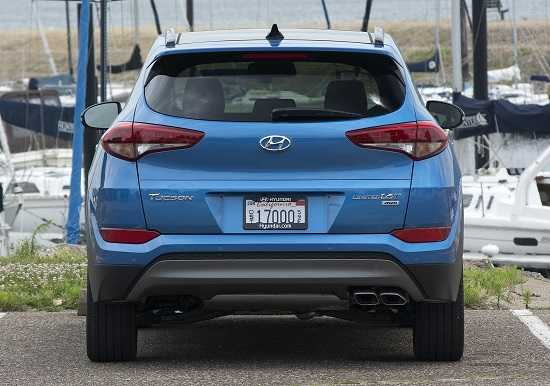 Кросовер Hyundai Tucson 2015 года
