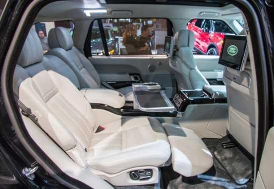 Салон сзади Land Rover Range Rover SVAutobiography