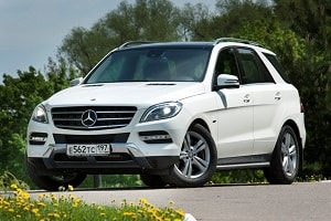 Mercedes-Benz ML500 2012 года