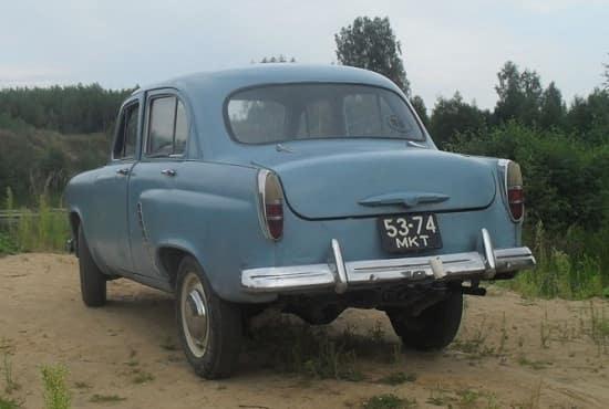 avtomobil-moskvich-402