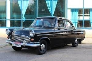 Ретро автомобиль Ford Consul