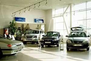 Новые дешевые автомобили в автосалоне