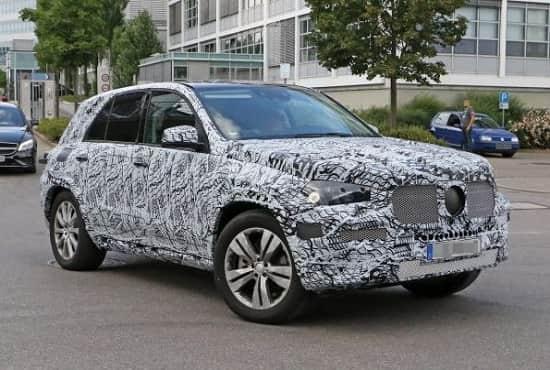 Компактные кроссоверы 2018 года: Jaguar E-Pace, Renault Captur, Mercedes-Benz GLA