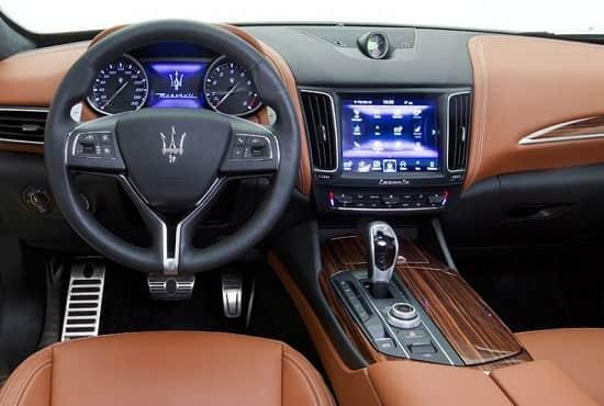 Салон Maserati Levante