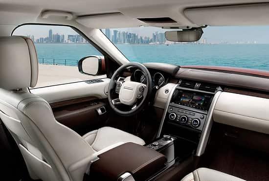 Салон Land Rover Discovery 5 поколения
